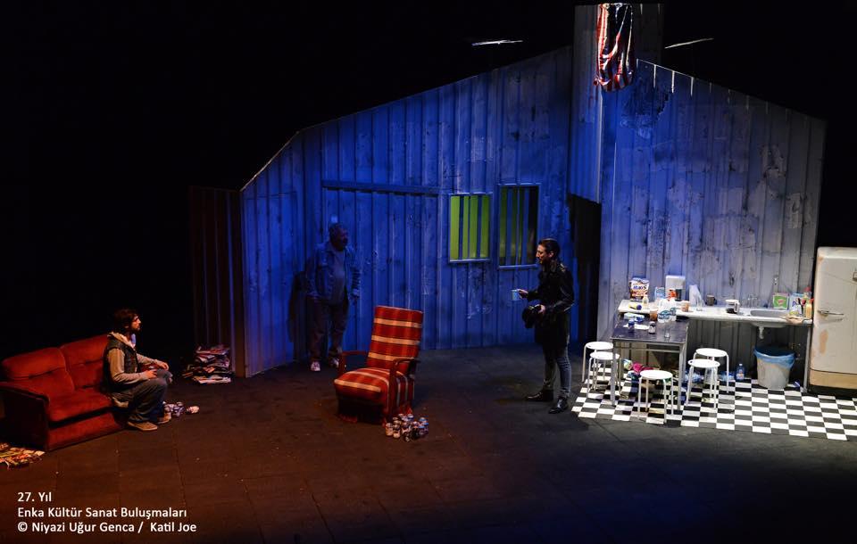 Tiyatro.İN 'Katil Joe'