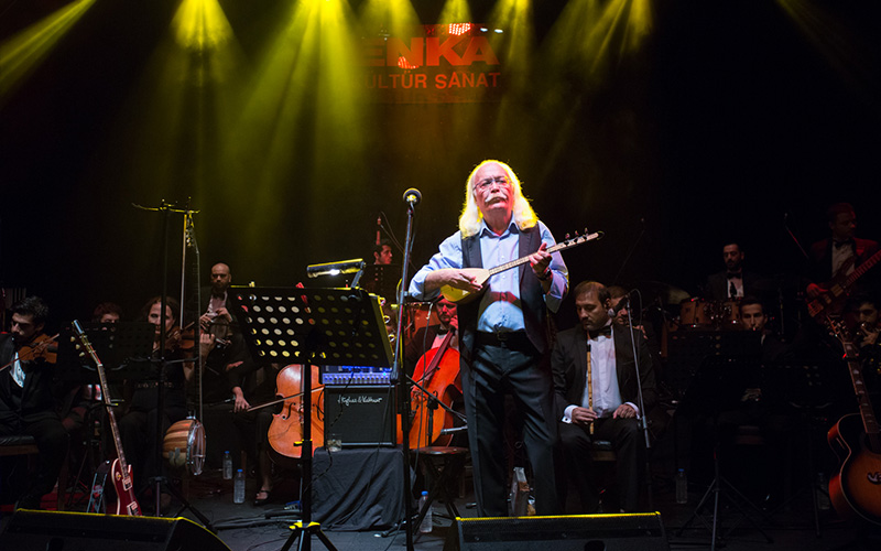Cahit Berkay & Anadolu Senfoni Orkestrası