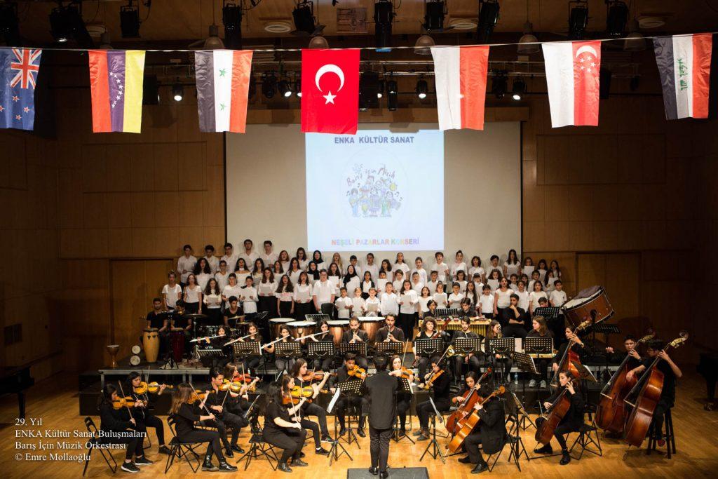 Barış için Müzik Orkestrası-Neşeli Pazarlar